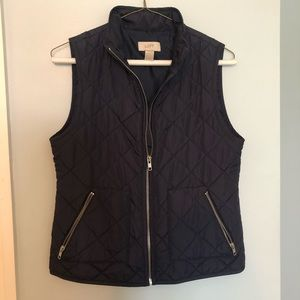 LOFT navy blue puffer vest with pockets